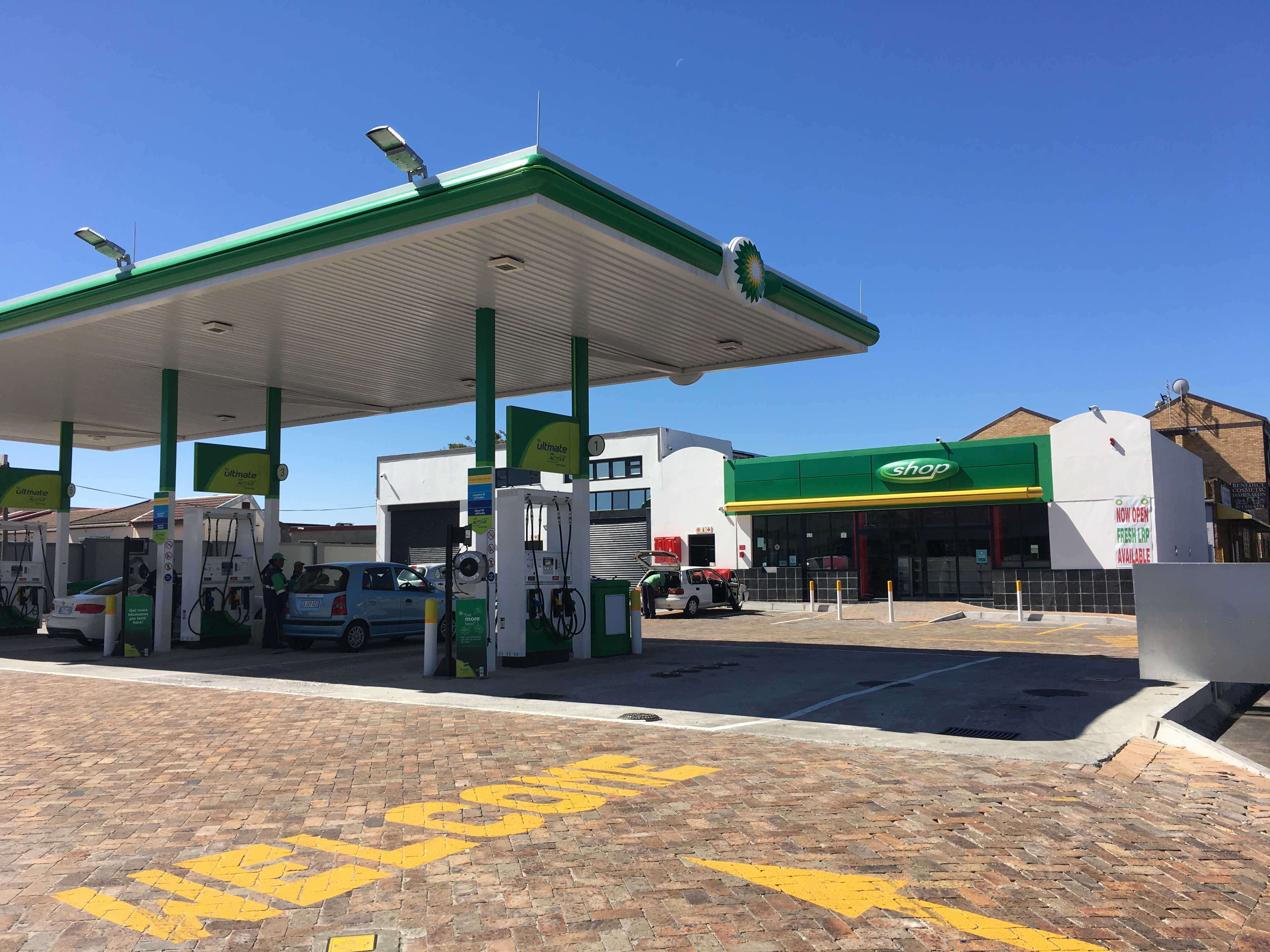 Holloway & Hound | BP Fuel station upgrade