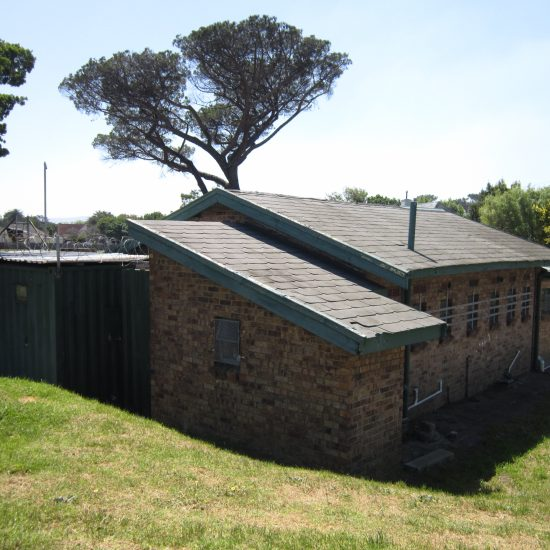 Holloway and Hound | Architecture | Pinelands Athletic Club